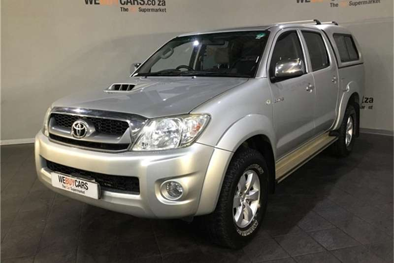 manual or auto for v6 hilux