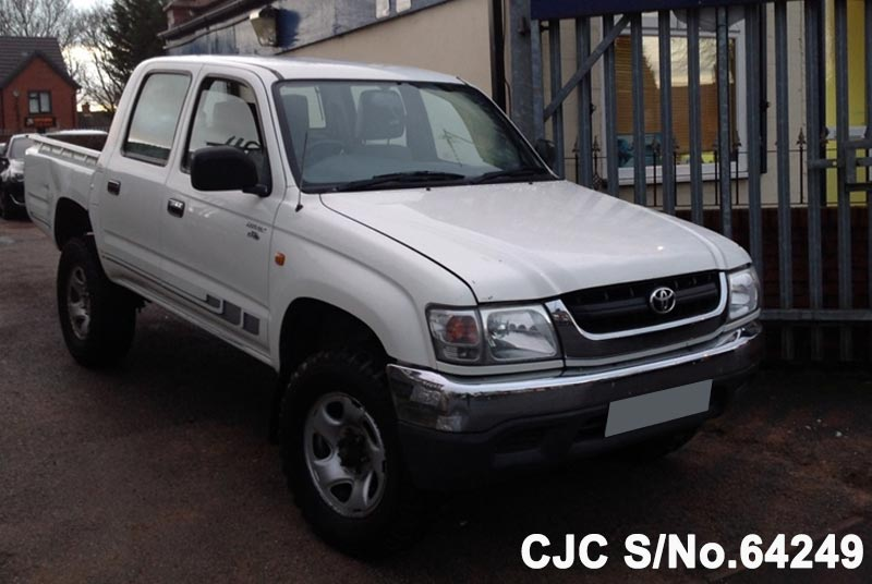 2004 toyota hilux manual my02 wight