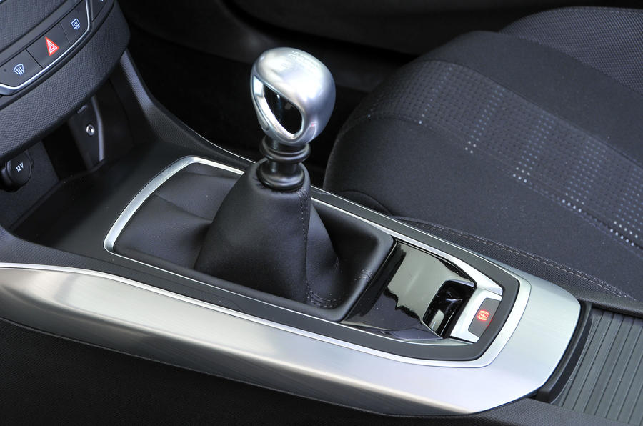 peugeot 308 automated manual gearbox